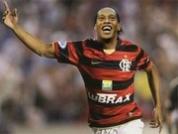 Ronaldinho marque avec Flamengo !