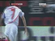 FC Séville 1-1 FC Barcelone   But Navas 49e