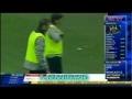 Totti tente la talonnade sur penalty