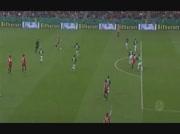 Schweinsteiger marque des 30m face a Breme