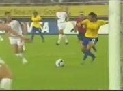 Marta joueuse brésilienne marque super but !