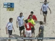 Bagarre beach soccer Argentina vs Uruguay