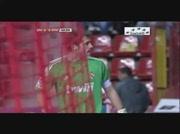 Iker Casillas vs fan de Gijon !
